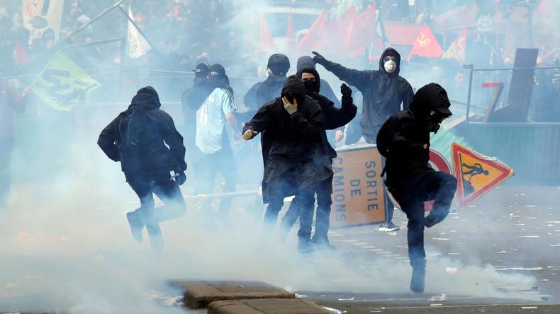 Gut 30 Geschäfte bei Pariser Mai-Krawallen beschädigt