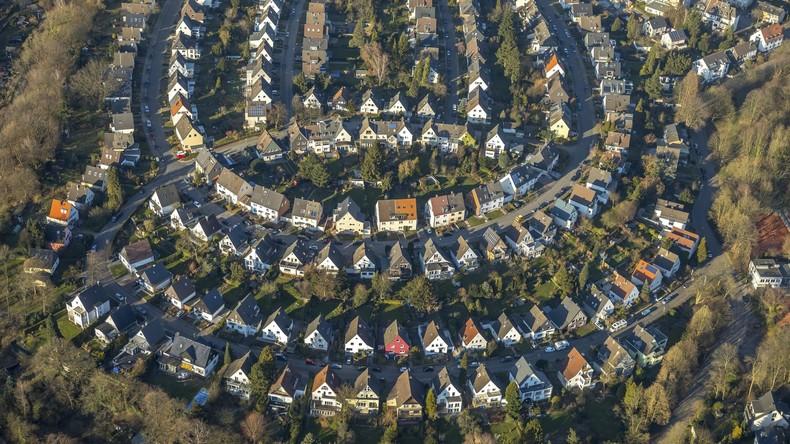 Mehr Papierkram für Hausbesitzer droht: Neue Grundsteuer könnte Extra-Steuererklärung nötig machen