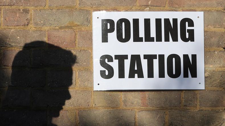 Kommunalwahlen in England haben begonnen