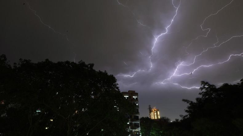 Heftiger Sturm fordert mehr als 100 Menschenleben in Indien