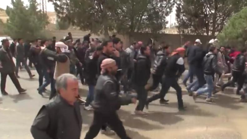 Nach Befreiung weiterer syrischer Stadt: Armee erlebt Ansturm von Freiwilligen