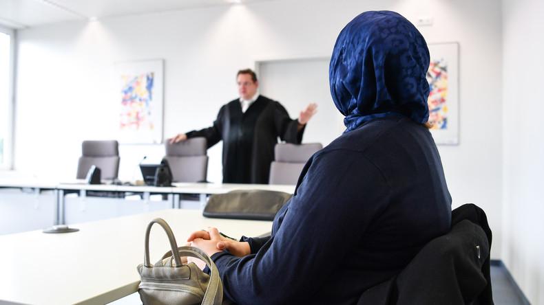 Kassel: Gericht erlaubt Beamtin im Einzelfall Kopftuch bei Arbeit