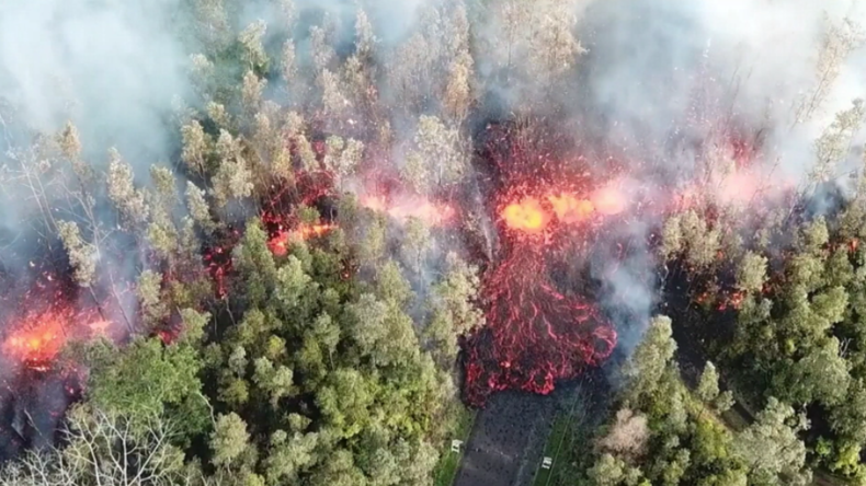 Spektakuläre Naturgewalt: Drohne filmt Lavastrom auf Hawaii