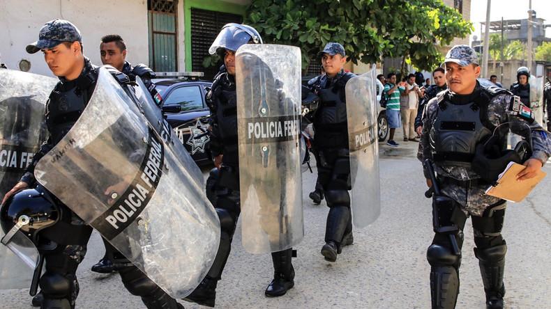 113 falsche Polizisten in Mexiko festgenommen