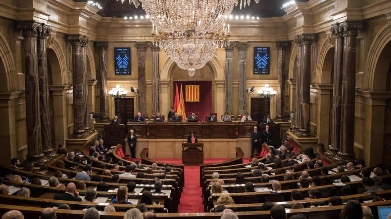 Abwesende Kandidaten zugelassen: Katalanisches Parlament fordert Madrid erneut heraus