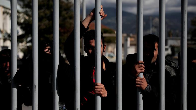 Ein Toter bei Zusammenstößen zwischen Migranten in Patras