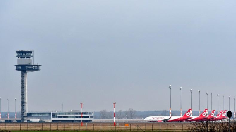 Flieger aus Berlin legt kurz nach dem Start Zwischenstopp in Berlin ein