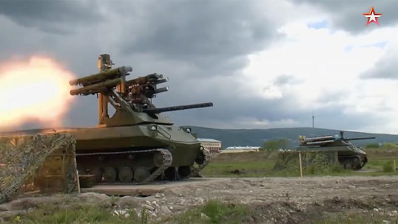 Russlands in Syrien getestetes Roboterfahrzeug demonstriert seine Feuerkraft