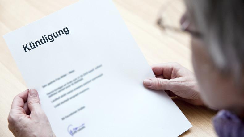 """""""Prollig und sicherlich nervige Stimme"""": Bewerberin erhält aus Versehen Feedback von Firma"""