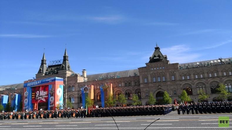 Siegesparade am 9. Mai in Moskau – RT Deutsch sendet LIVE mit deutscher Simultanübersetzung