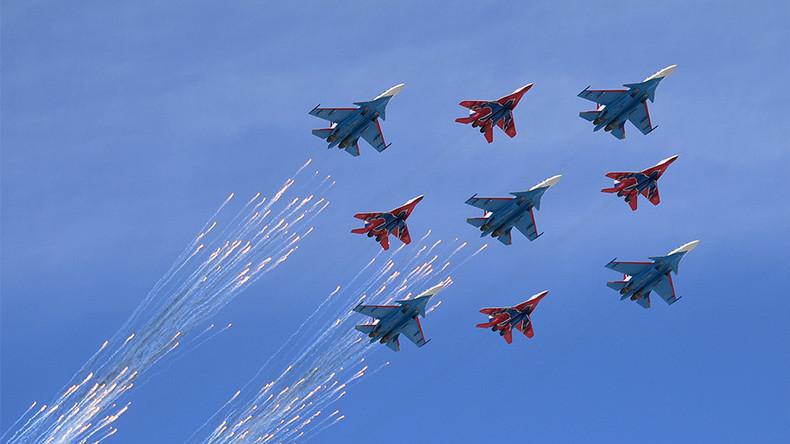 Kampf-Roboter und Hyperschall-Raketen: Russland feiert Tag des Sieges mit Militär-Parade