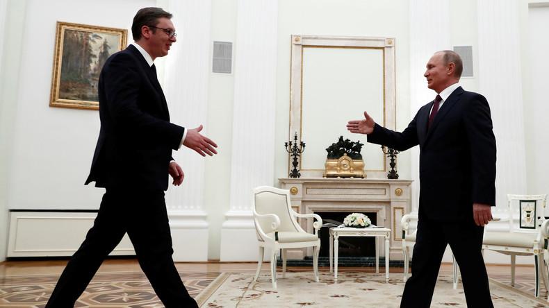 Serbiens Präsident Vucic in Türkei und Russland: Wirtschaftliche Beziehungen und Kosovo als Themen
