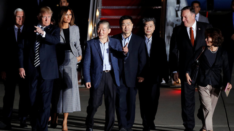 Drei von Nordkorea freigelassene US-Bürger sind zurück in der Heimat