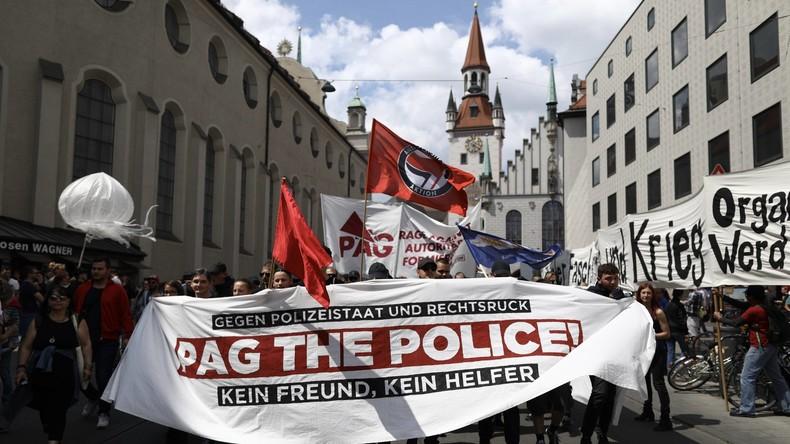 Tausende demonstrieren in Bayern gegen Änderung des Polizeigesetzes - #noPAG [VIDEOS]