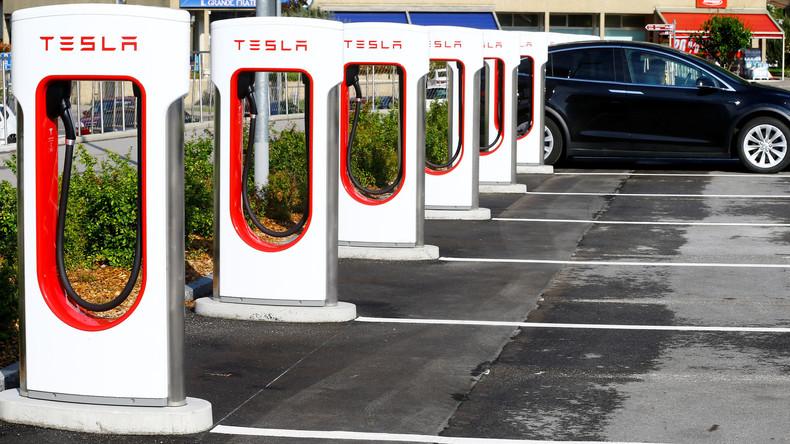 Teslas Produktionschef Doug Fields nimmt Auszeit