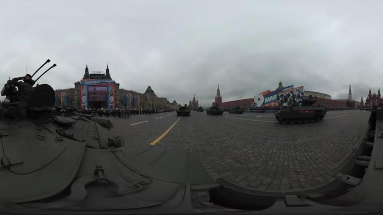 Siegesparade Moskau: Der Terminator auf dem Roten Platz (360°-Video)