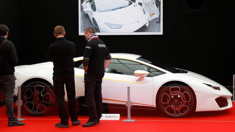 Papst Franziskus wird seinen Lamborghini Huracán für 715.000 Euro los