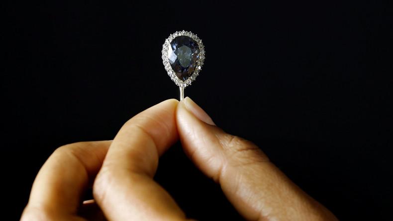 Alt, blau, royal und tropfenförmig: Diamant mit Geschichte für 5,6 Millionen Euro versteigert