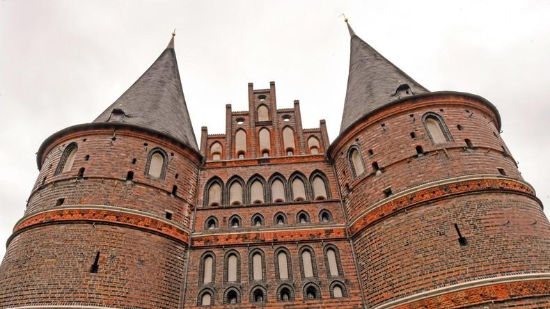 Stromausfall in Lübeck: Speiseeis taut, Ampeln fallen aus
