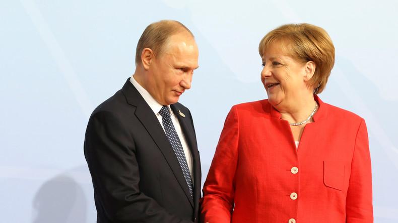 Gemeinsame Pressekonferenz von Wladimir Putin und Angela Merkel in Sotschi (Video)