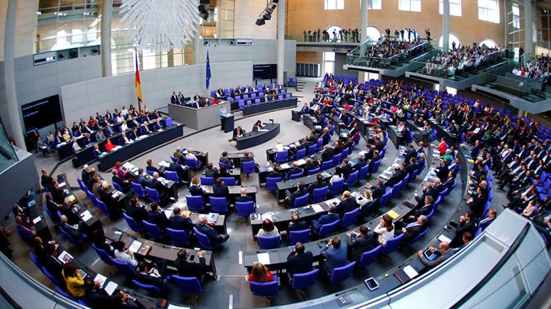 """""""Einfallstor für Lobbyismus"""": Die bezahlten Nebenjobs der Bundestagsabgeordneten"""