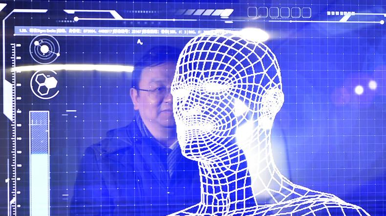 China: Schule überwacht Schülerverhalten im Klassenzimmer mit Kameras und Gesichtserkennungssoftware