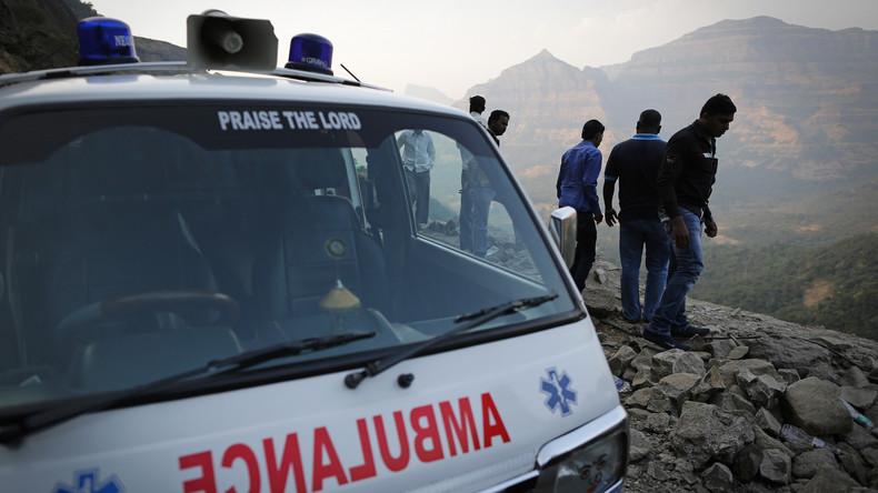19 Tote bei Unfall mit Lastwagen in Indien