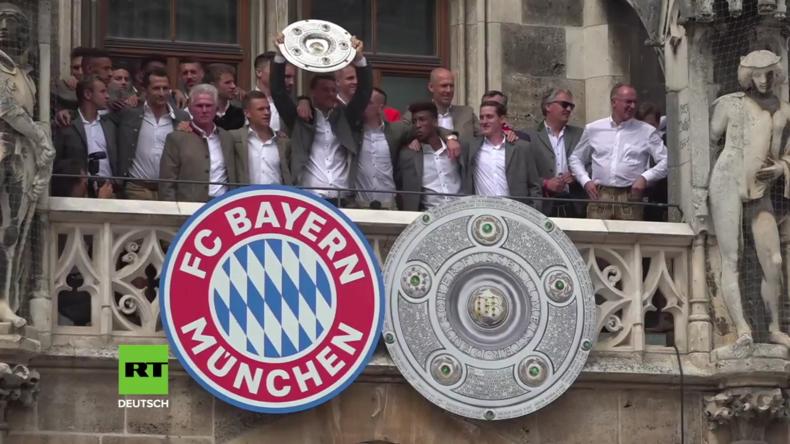 Deutschland: Bayern-Fans verabschieden sich von Trainer Jupp Heynckes