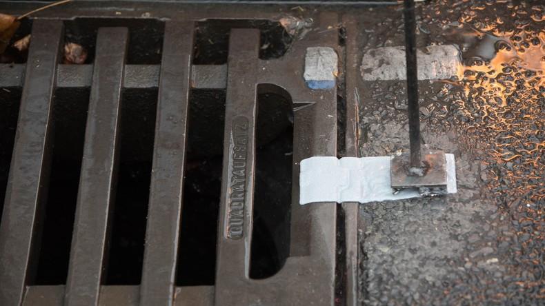 Für Ablaufrost gehalten: Brite entdeckt geheimen Weltkriegsbunker im Hinterhof