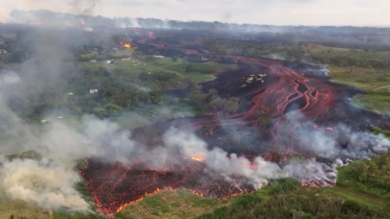 Erdrisse voll Lava: Weitere spektakuläre Aufnahmen vom Kilauea-Vulkan auf Hawaii