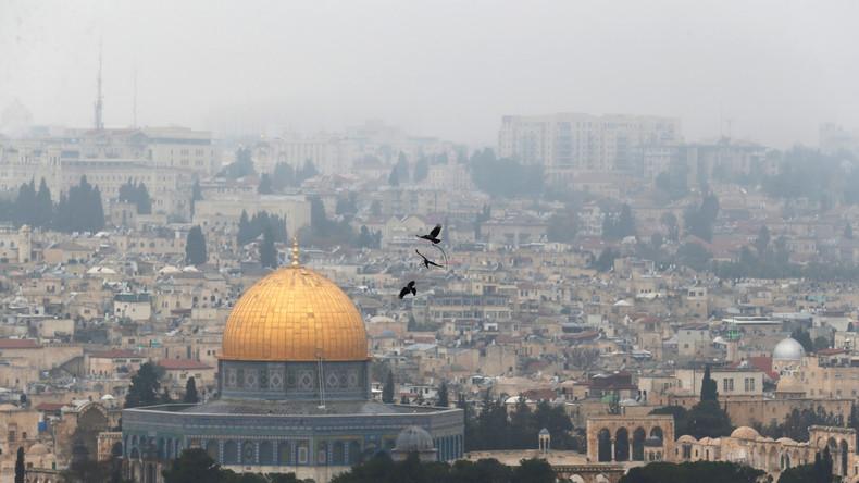 Foto mit US-Botschafter in Jerusalem: Virtueller jüdischer Tempel ersetzt muslimische Stätten