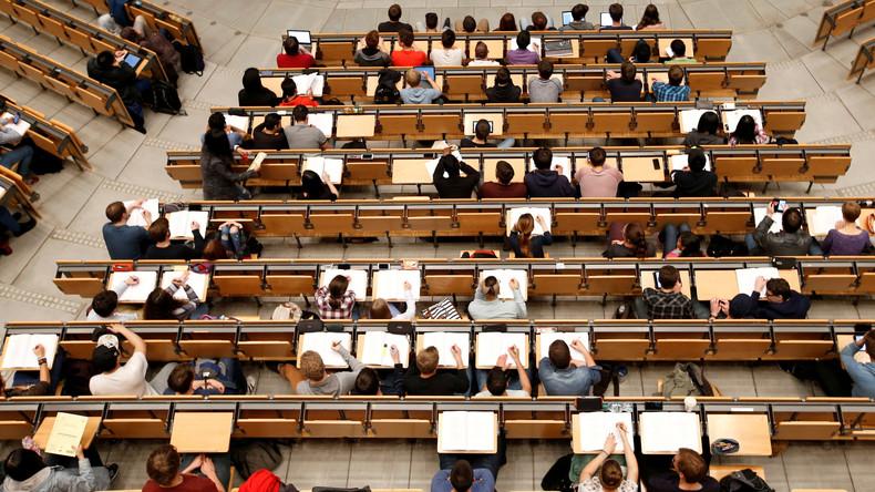 Der gläserne Student: EU-Kommission plant neue europaweite Studentenkarte