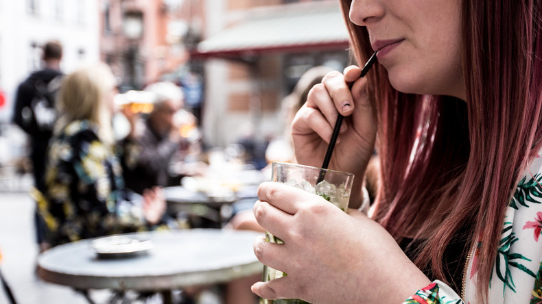 Na dann Prost: Richter kippen Alkoholverbot in Duisburg