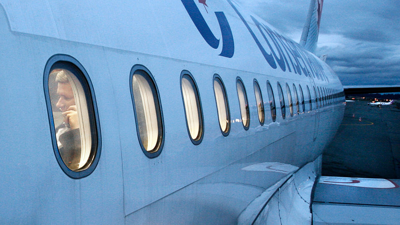 Neuseelands Verkehrsminister bietet wegen Telefonats im Flugzeug Rücktritt an