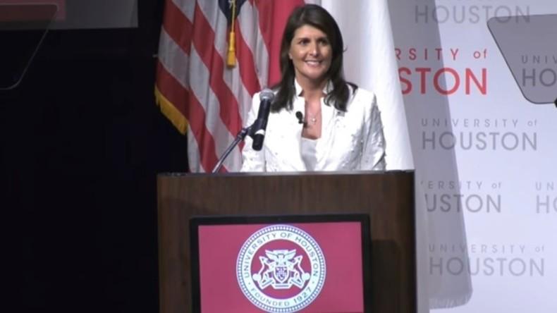 """""""Blut an deinen Händen"""" - US-Botschafterin Haley von pro-plästinensischen Protestlern unterbrochen"""