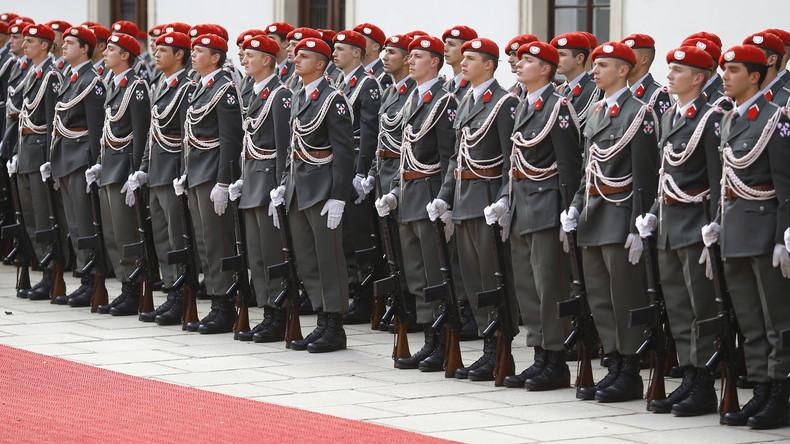Gender-Deutsch abtreten: Österreichisches Militär schafft geschlechtsneutrale Formulierungen ab
