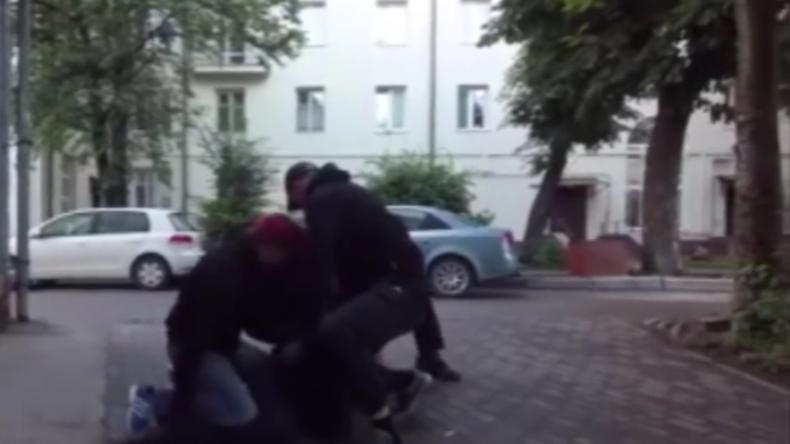 FSB veröffentlicht Video: Mutmaßliche IS-Anhänger und Rekrutierer verhaftet