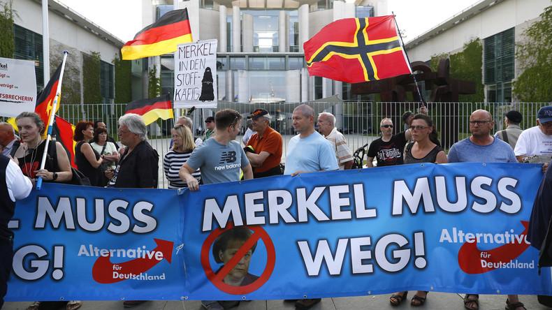 AfD-Marsch und Gegenprotest in Berlin