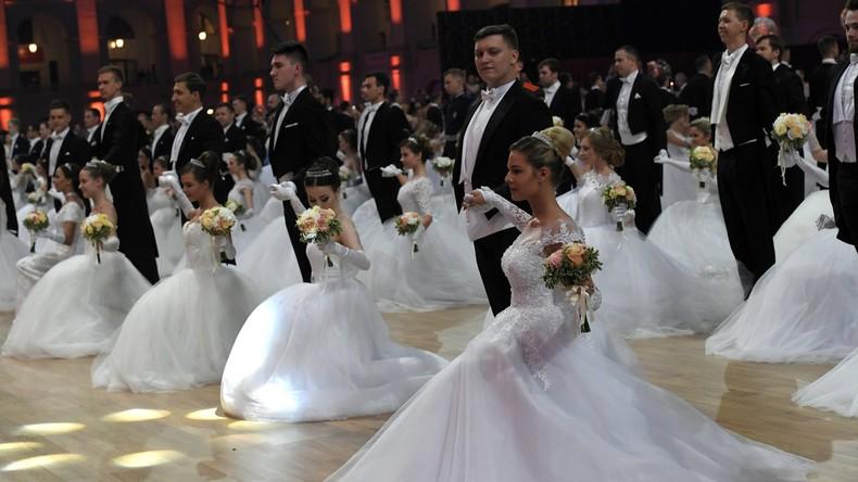Glamour und Tanz: Der 15. Wiener Ball in Moskau