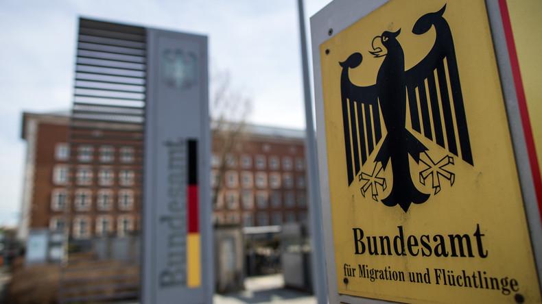 Bamf-Affäre: SPD verlangt Aufklärung auch von Kanzlerin Merkel