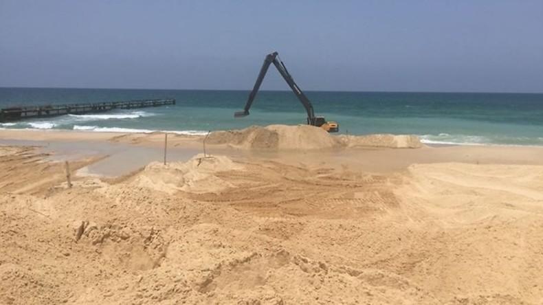 Israels Grenzmauer zu Gaza soll auch im Meer weitergehen: Bau der Gaza-Seebarriere begonnen