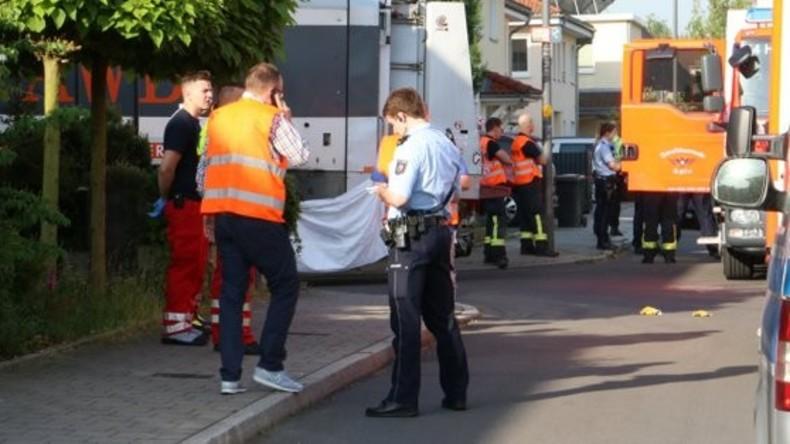 Siebenjähriger in Köln von Müllwagen erfasst und tödlich verletzt