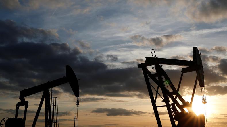 Fallender Ölpreis: Russland und Saudi-Arabiens kündigen mögliche Fördermengenerhöhung an