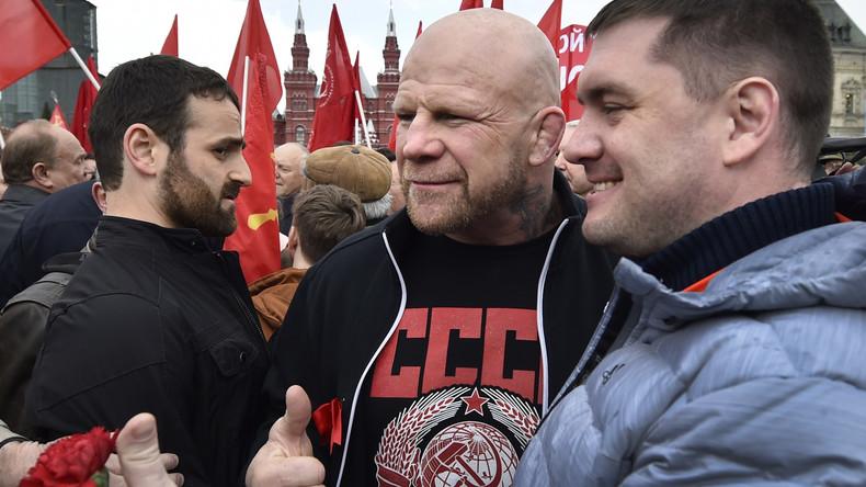 Wladimir Putin erteilt MMA-Kämpfer Jeff Monson russische Staatsbürgerschaft