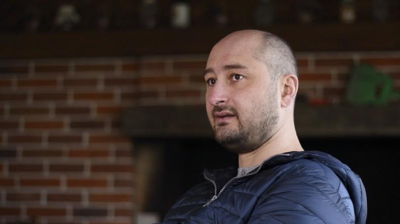 Russischer Journalist - Babtschenko lebt - Ermordung war inszeniert