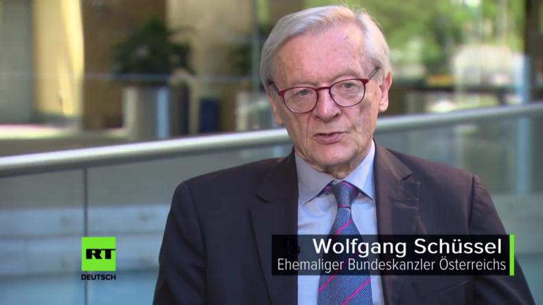 """""""Die USA führen eine Twitter-Diplomatie!"""" - Wolfgang Schüssel im Interview"""