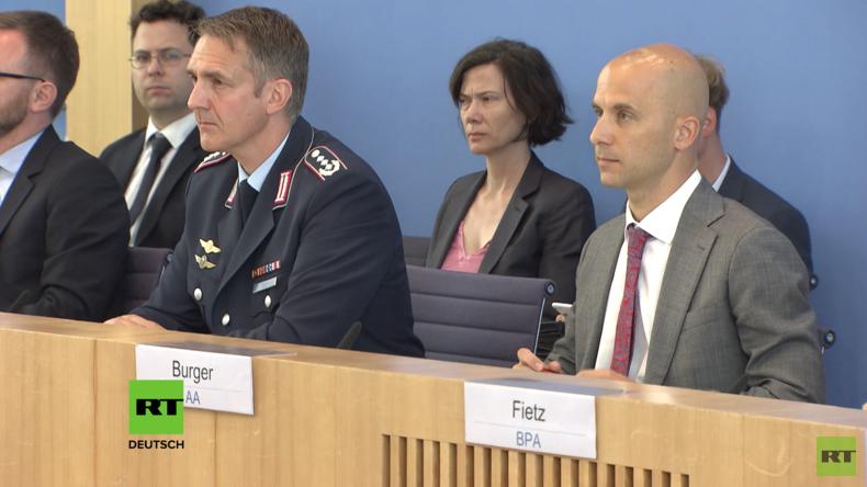 """Regierungspressekonferenz: BAMF-Skandal, Angriffe auf Gaza, """"Mord"""" an Babtschenko"""