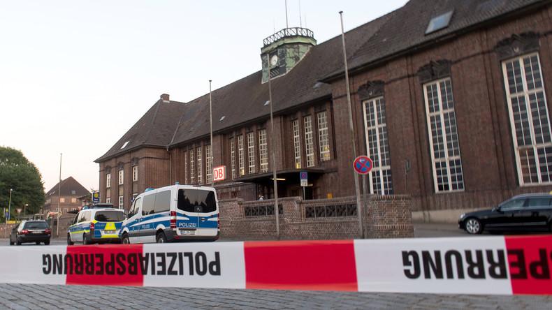 Sicherheitskreise: Identität des Messerstechers im Zug festgestellt
