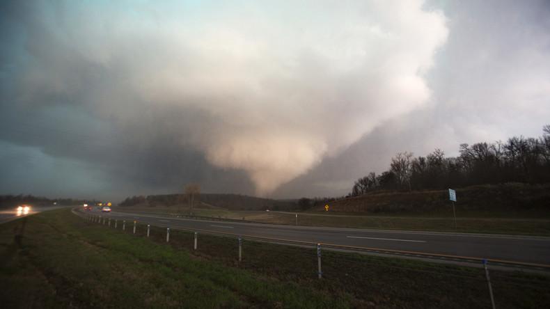 Drei Tornados kreisen US-Farmer ein – Unwetter endet für sie glimpflich