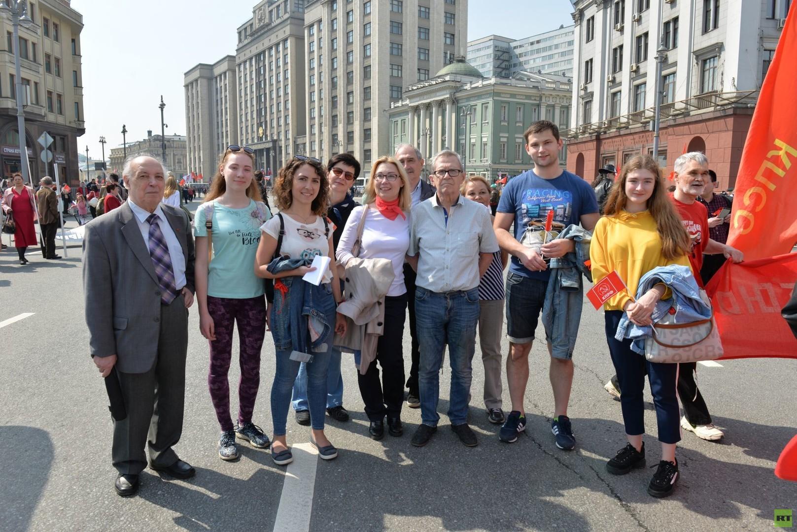 Kommunistische 1. Mai-Demonstrationen in Moskau: Hoffen auf einen sozialeren Kurs
